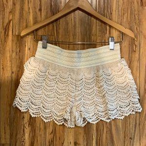 Crotchet shorts